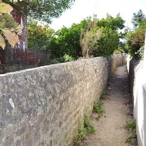 Venelle (ruelle) dans la presqu'île de Gâvres
